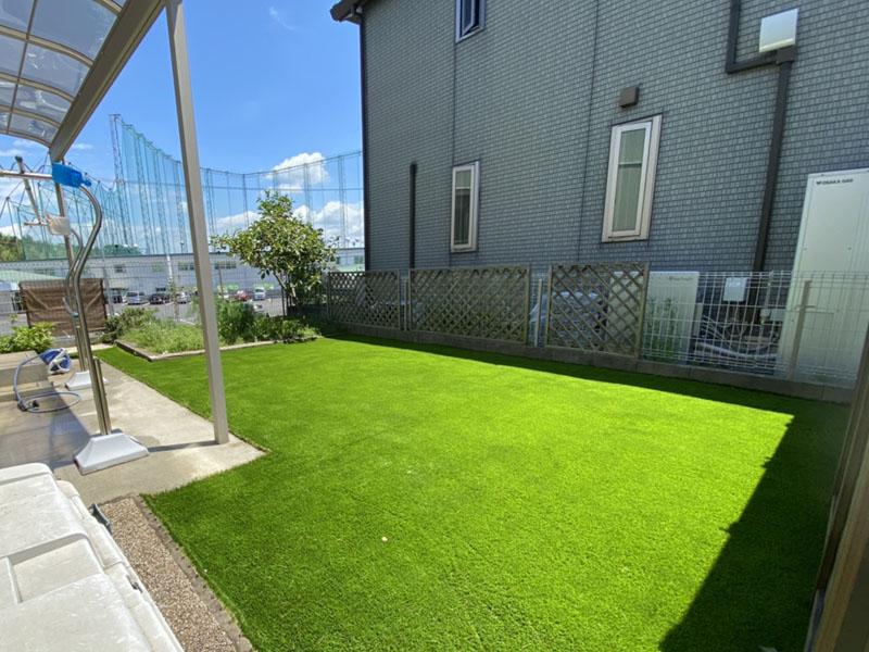 大阪府堺市K様邸 玄関とお庭の人工芝施工