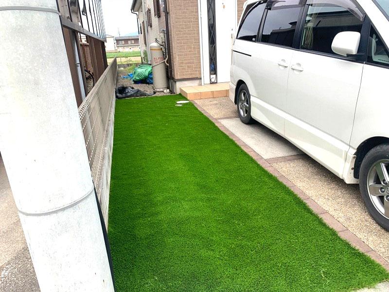 奈良県大和高田市M様邸 お庭と駐車場に人工芝施工