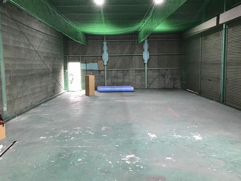 大阪府八尾市K様 室内練習場の人工芝施工