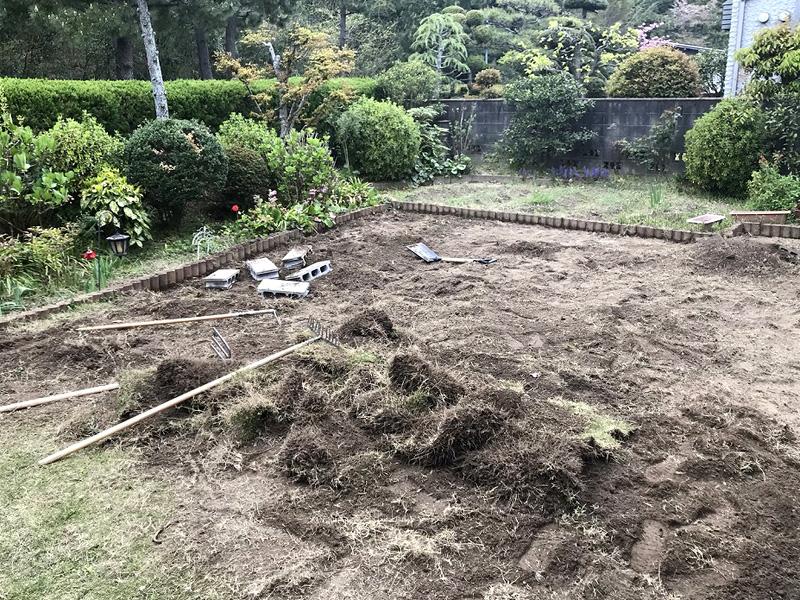 大阪府吹田市T様邸 お庭に人工芝施工しました