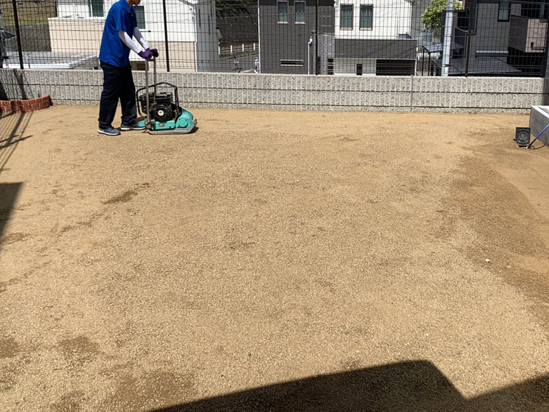 奈良県生駒市I様邸 お庭に人工芝施工しました