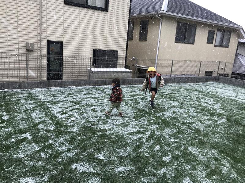 兵庫県西宮市U様 お庭に人工芝施工しました