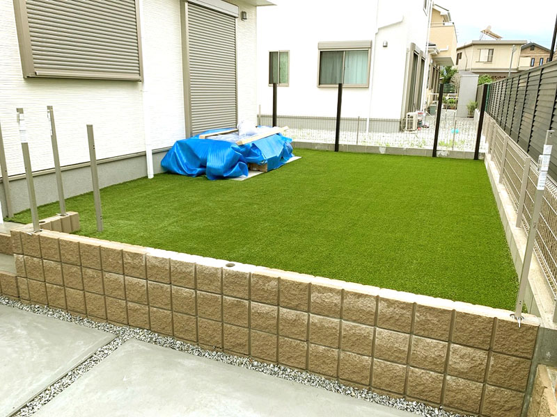奈良県奈良市Y様邸 お庭に人工芝施工しました
