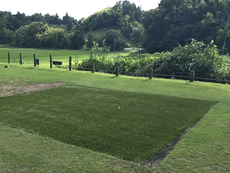 滋賀県Yカントリークラブ様 ティーグランドに人工芝施工しました