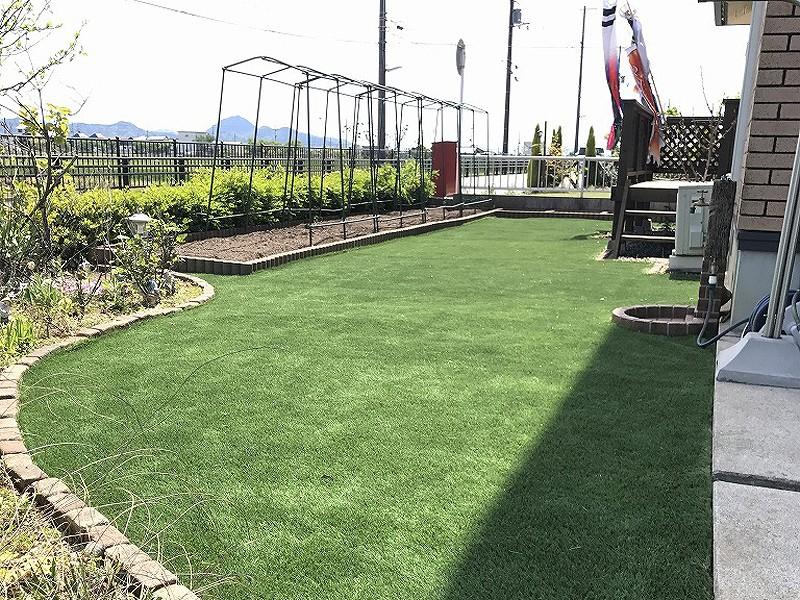 滋賀県近江八幡市K様邸 お庭に人工芝施工しました
