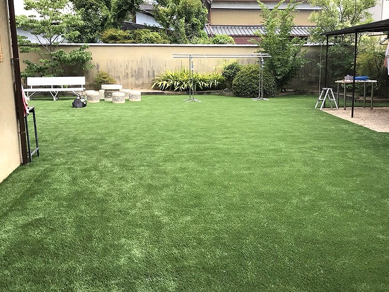 大阪府枚方市O様邸 お庭に人工芝施工しました