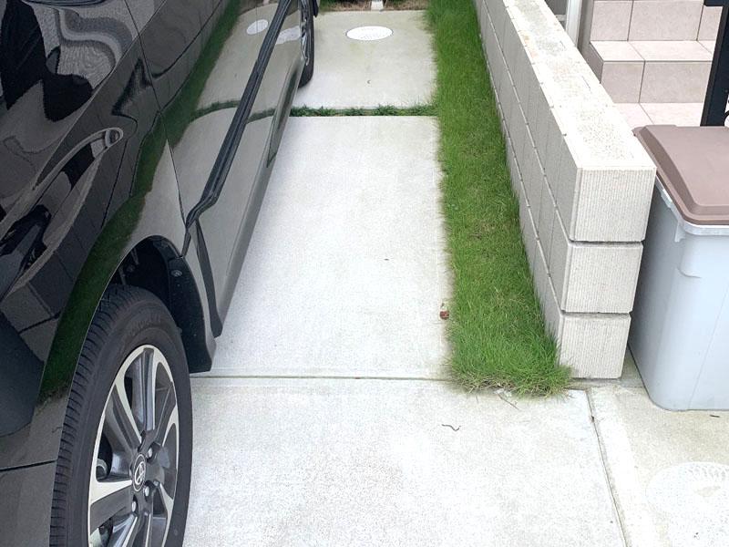 大阪府池田市H様邸 駐車場に人工芝施工しました