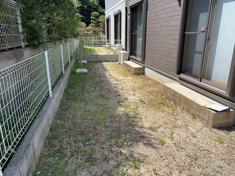兵庫県川西市F様邸 お庭に人工芝施工しました