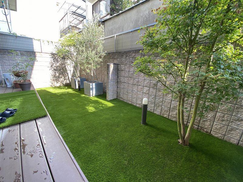 大阪府大阪市N様邸 お庭とバルコニーの人工芝施工