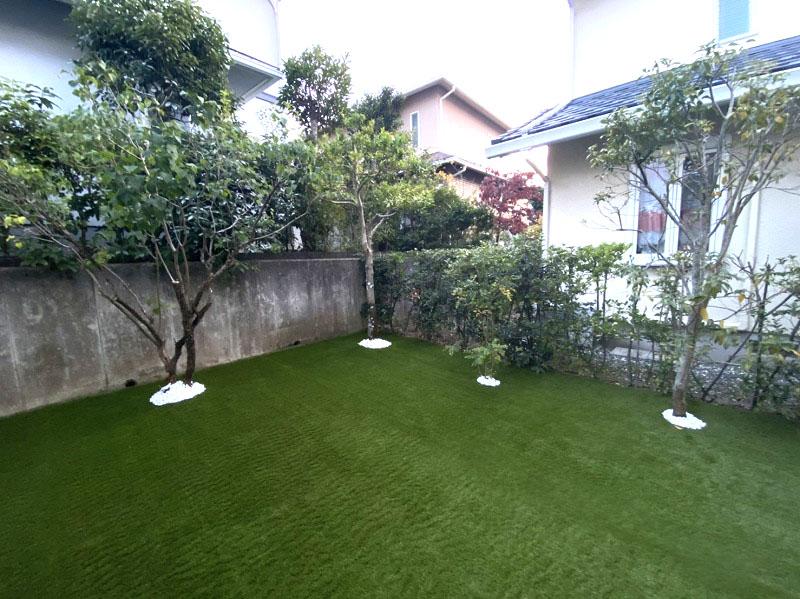 大阪府交野市T様邸 お庭に人工芝施工しました
