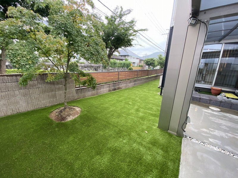 兵庫県猪名川市K様邸 お庭に人工芝施工しました