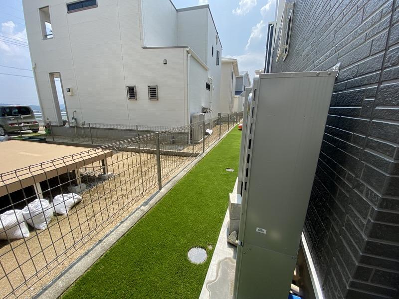 大阪府四條畷市Y様邸 お庭と自宅周辺の人工芝施工