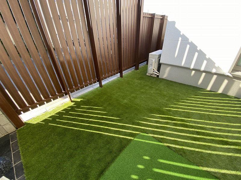 大阪府枚方市H様邸 ご自宅周辺の人工芝施工