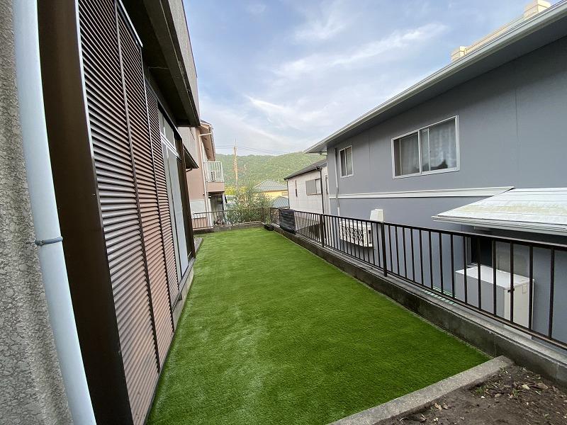 大阪府池田市H様邸 お庭に人工芝施工しました