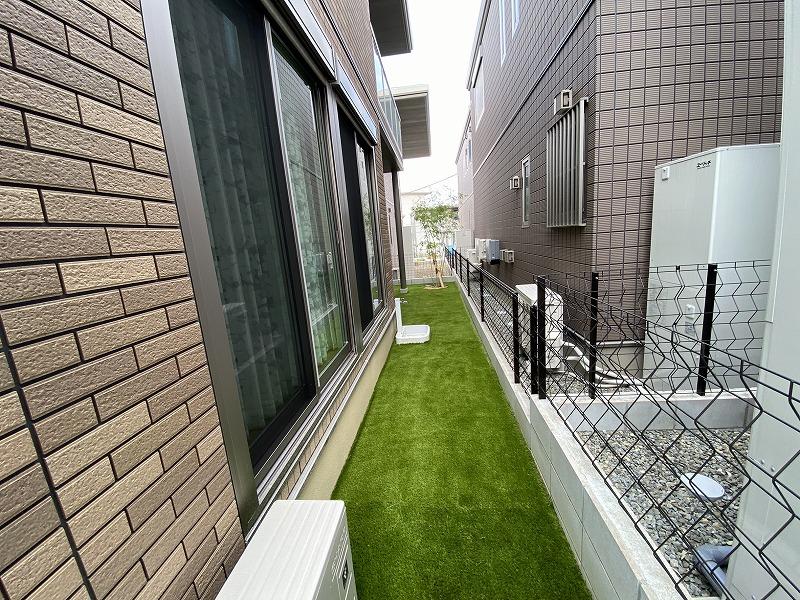大阪府枚方市K様邸 お庭と周辺の人工芝施工